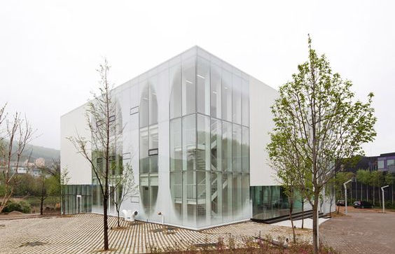 фасада от стъкло