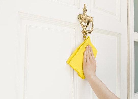 почистване на врата