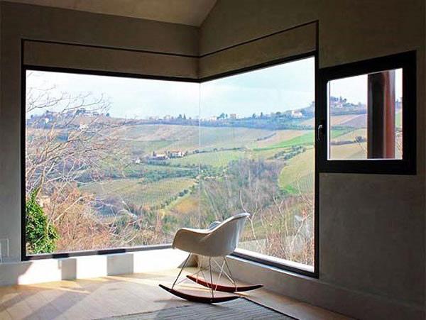 ъглов прозорец - красота и светлина в помещението