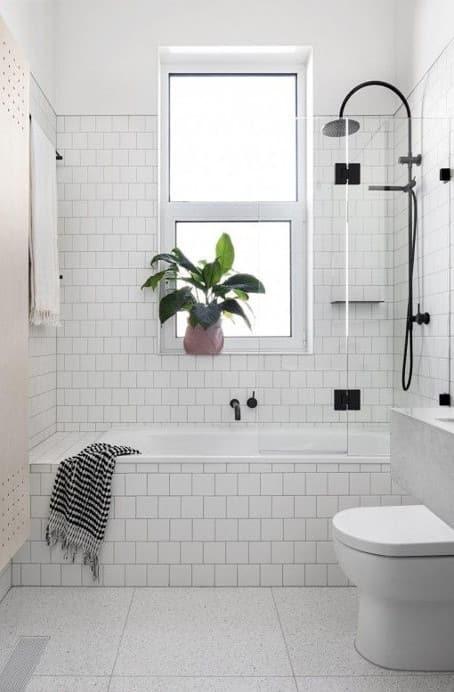 прозорецът в банята